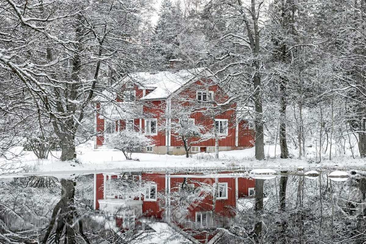 Get top dollar for your home during the winter season
